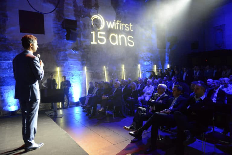 cafe A discours speech 15 ans wifirst paris soiree corporate futuriste evenement sur mesure bollore odysee connectee wifirst agence wato we are the oracle evenementiel events