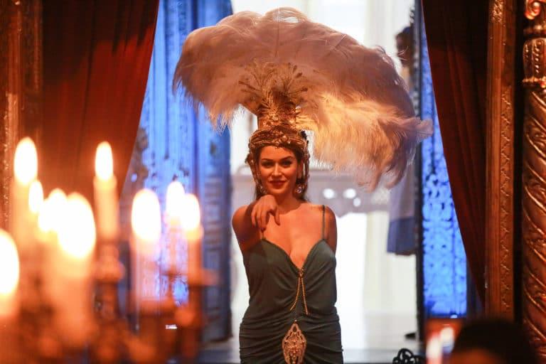 la dandizette danseuse burlesque experience immersive lieu mysterieux paris france agence 4 people client leboncoin agence wato we are the oracle evenementiel event