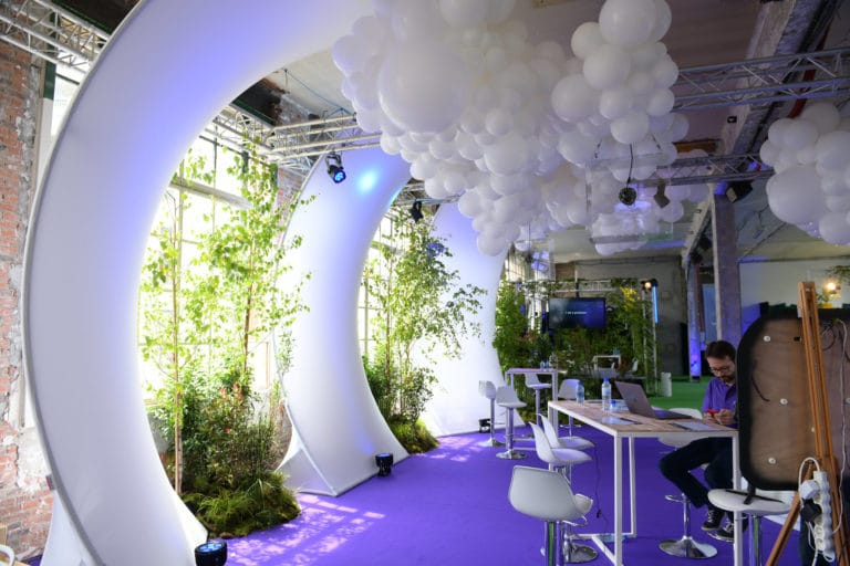 scaleway scaleday wato we are the oracle paris dc4 stand ballons vegetation