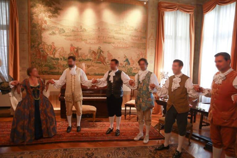 seminaire-venise-danse-traditionnelle-salon-bourgeois