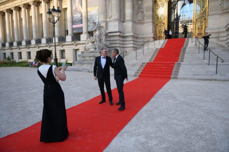 tapis rouge entree du petit palais invites tao prestige 10 ans conciergerie de luxe petit palais paris france agence wato we are the oracle evenementiel event