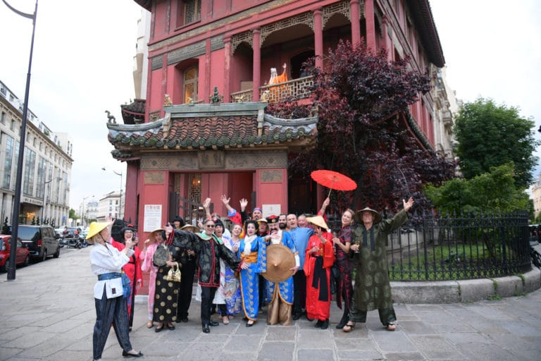 tintin et le lotus bleu pagode chinoise tenues traditionnelles japonaises chinoise fun paris acting acteur chine france agence wato we are the oracle evenementiel event