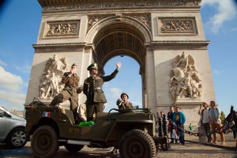 Arc de Triomphe Foulques Jubert caporal français acteurs blindés jeep seconde guerre mondiale France teaser video Victorious Shelter agence wato we are the oracle evenementiel events