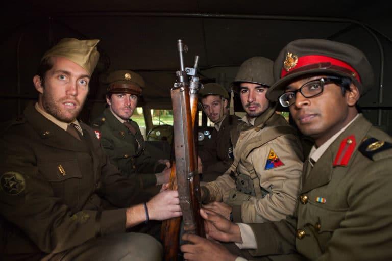 Enguerran de La Chevasnerie Nitish Khoobarry acteur jeep blindé militaire soldats fusils France teaser video Victorious Shelter agence wato we are the oracle evenementiel events