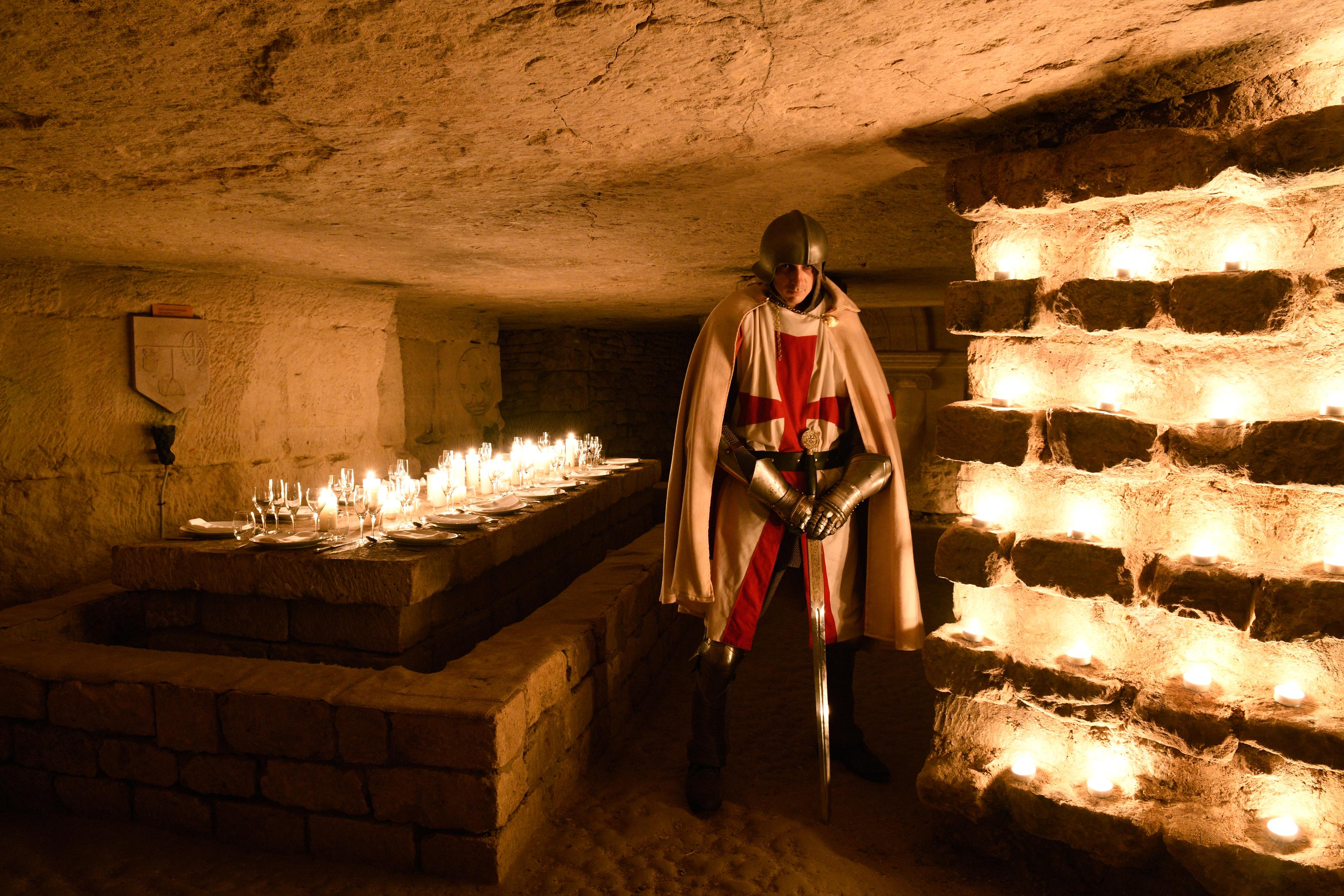 leboncoin : Un dîner dans les catacombes