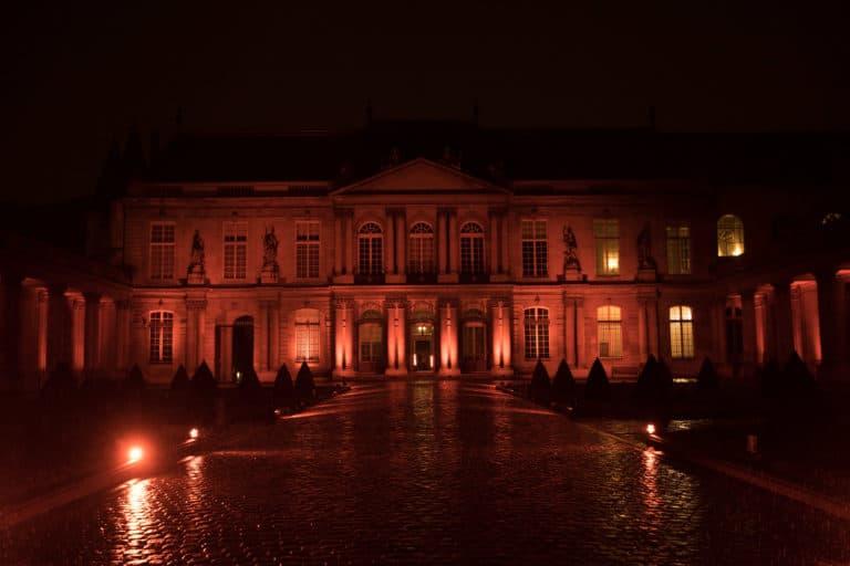 archives nationales de nuit cour interieure hotel particulier de soubise paris france AG2R agence wato we are the oracle evenementiel events