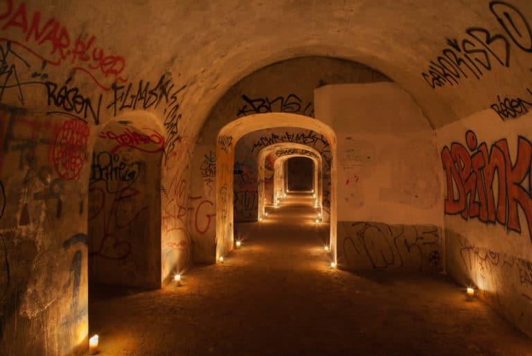 bougies graffitis bunker Abri Lefebvre abri anti atomique paris 15 arrondissement France teaser Victorious Shelter agence wato we are the oracle evenementiel event
