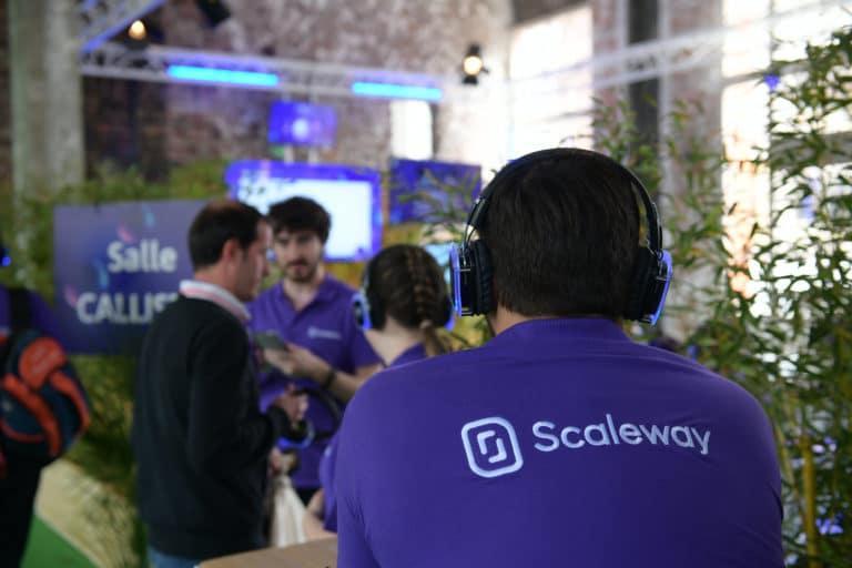 dc4 casques silent disco salon conferences speech pitch evenement sur mesure personnalise scaleway scaleday paris france agence wato we are the oracle evenementiel events