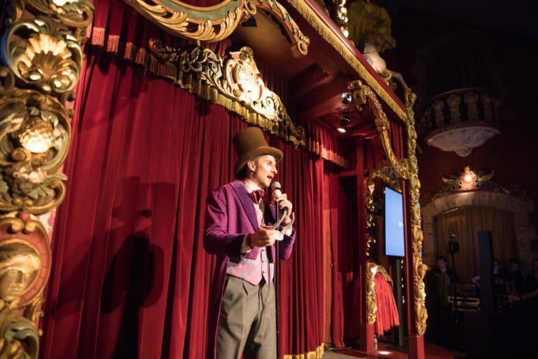 gregoire desrousseaux vp discours pitch peech soiree coporate magic factory agence wato we are the oracle evenementiel events salon top resa