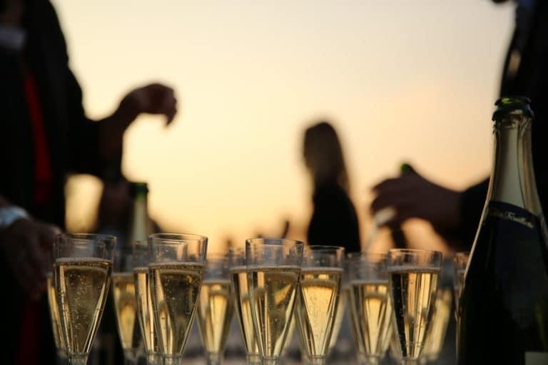 cocktail champagne sunset port de solférino quai Anatole France paris France 10 ans Voyage Privé agence wato we are the oracle evenementiel events