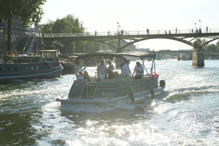croisière bateaux luxe champagne seine drapeau usa Pont des arts paris france diner leboncoin thème usa américain agence wato we are the oracle evenementiel events