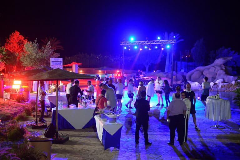 dj soiree dansante party hotel team building voyage marrakech maroc maghreb evenement sur mesure domofinance challenge agence wato we are the oracle evenementiel events