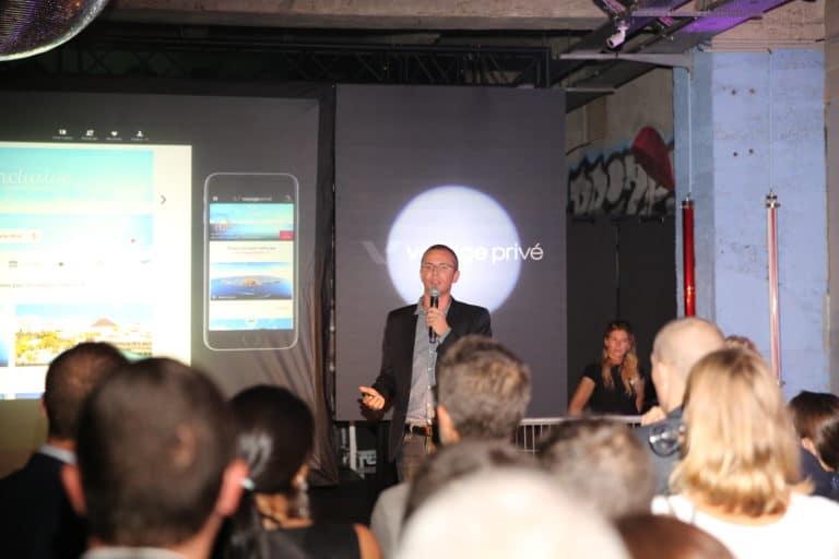 ecran projection micro discour vp grand rivage cité de la mode et du design paris France 10 ans Voyage Privé agence wato we are the oracle evenementiel event