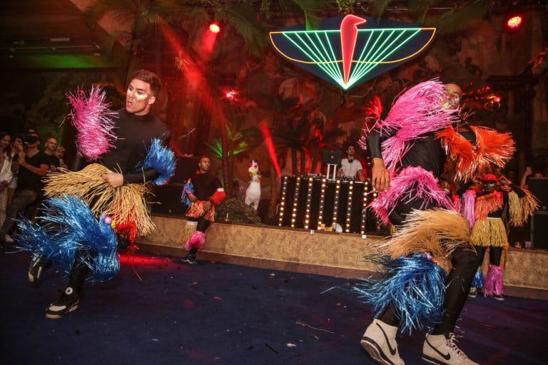 groupe hip hop performance danse dancefloor soiree dansante theme jungle palais porte doree the family phoenix temple evenement sur mesure agence wato we are the oracle evenementiel events