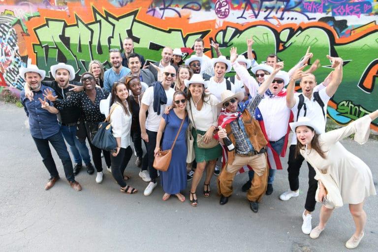 invités graffitis loft baroque paolo calia paris 19e arrondissement france diner leboncoin thème usa américain agence wato we are the oracle evenementiel events