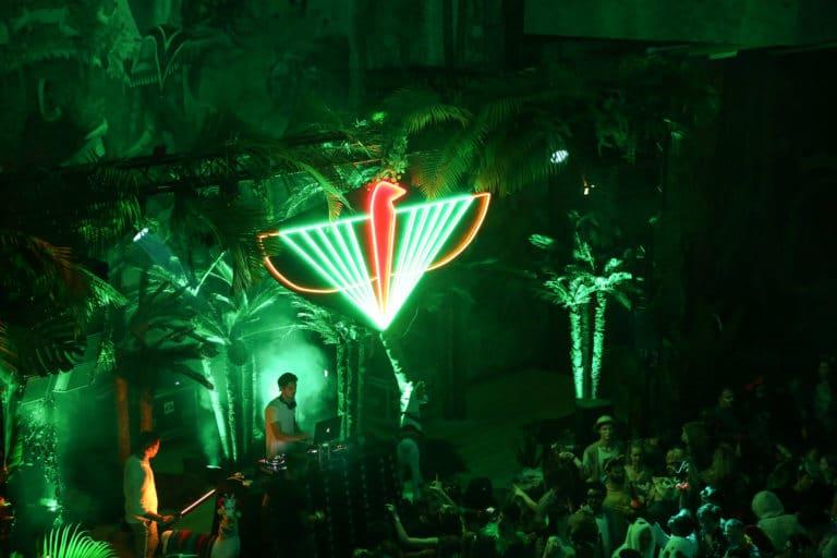 logo the family dj soiree dansante dancefloor palais de la porte doree the family incubateur phoenix temple theme jungle evenement sur mesure agence wato we are the oracle evenementiel event