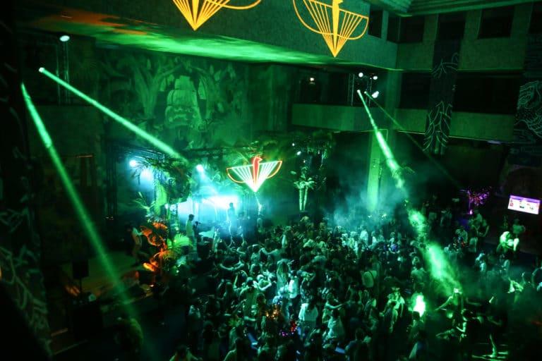 logo the family dj soiree dansante dancefloor palais de la porte doree the family incubateur phoenix temple theme jungle evenement sur mesure agence wato we are the oracle evenementiel events