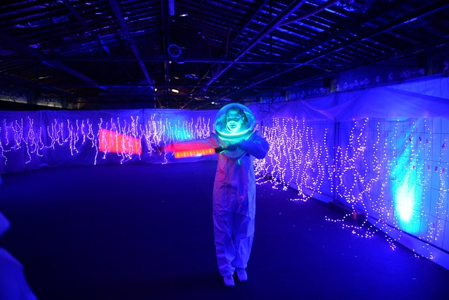 dc4 soiree dansante astronautes led cosmonautes salon scaleway scenographie sur mesure scaleway scaleday agence wato paris france we are the oracle evenementiel event