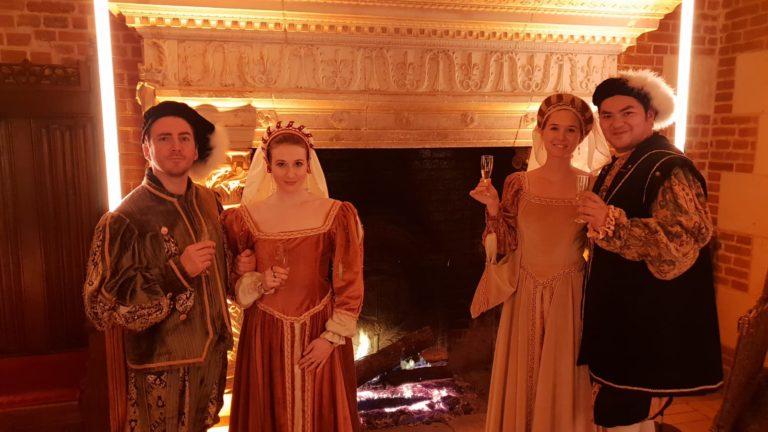 foulques jubert iris de rode hyomi legendre costumes privatisation chateau royal d ambroise tour evenement sur mesure france diner d exception leboncoin agence wato we are the oracle evenementiel