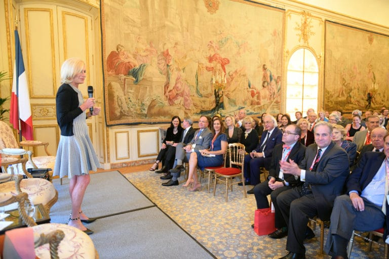 Jamie Mc Court ambassadrice usa en france discour de france paris hotel de pontalba residence ambassadeur des etats unis agence wato we are the oracle