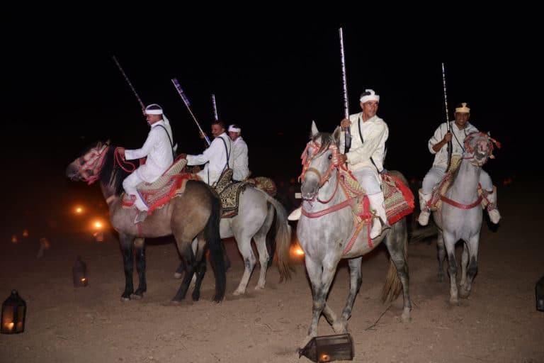 fantasia cheval chevaux garde equestre hotel vizir soiree dansante danse nuit spots pool party voyage incentive team building voyage agence wato evenementiel event taleo cinq ans the tatane project marrakech maroc maghreb