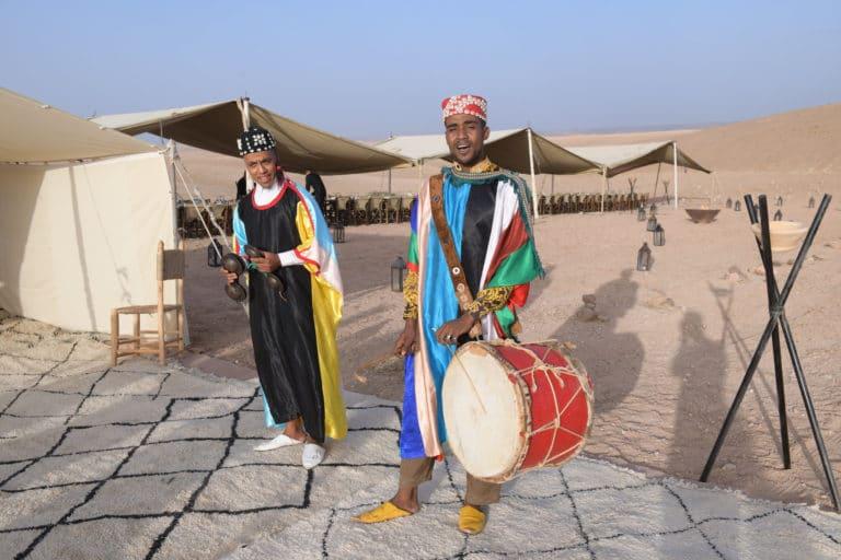 agence-wato-evenementiel-taleo-cinq-ans-the-tatane-project-marrakech-maroc-desert-musicien-traditionnel
