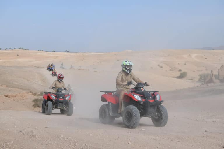 randonnee en quad desert agafay costumes explorateur voyage incentive team building voyage agence wato evenementiel event taleo cinq ans the tatane project marrakech maroc maghreb