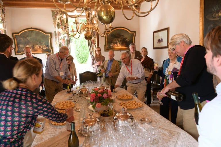 cocktail lucy le bois archives de françois jean de chastellux chateau de chastellux bourgogne france mount vernon usa agence wato we are the oracle evenementiel event