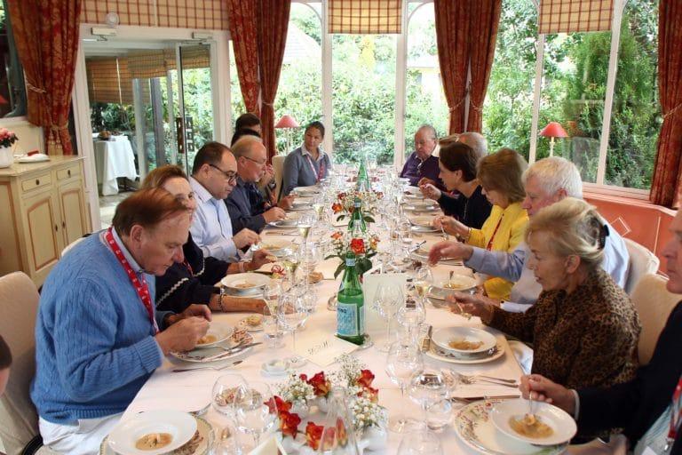 dejeuner de prestige la briqueterie restaurant reims bouteilles champagne ardennes france ladies of mount vernon usa agence wato we are the oracle evenementiel event