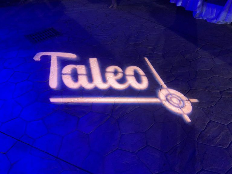 gobo hotel vizir soiree dansante danse nuit spots pool party incentive team building voyage agence wato evenementiel event taleo cinq ans the tatane project marrakech maroc maghreb
