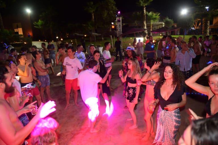 hotel vizir soiree dansante danse nuit spots pool party voyage incentive team building voyage agence wato evenementiel event taleo cinq ans the tatane project marrakech maroc maghreb