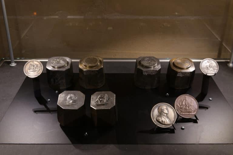 inedit collection pieces de monnaie argent bronze Monnaie de paris france george washington mount vernon usa agence wato evenementiel we are the oracle