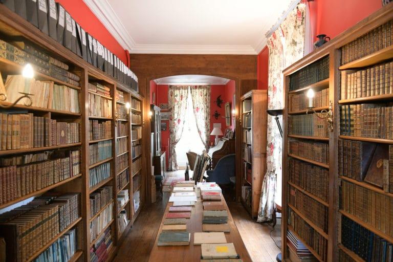 lucy le bois archives de françois jean de chastellux documents bibliotheque chateau de chastellux bourgogne france mount vernon agence wato we are the oracle evenementiel event