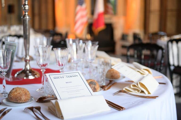 menu pain dressage de table vip diner de gala prestige Monnaie de paris france george washington mount vernon usa agence wato evenementiel we are the oracle event