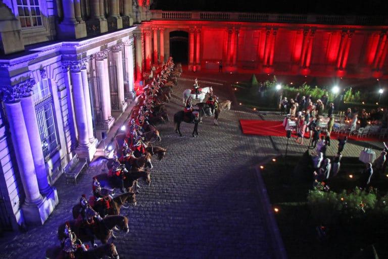 michel race garde republicaine mount vernon chevaux hotel de soubises particulier paris cours honneur diner agence wato evenementiel event