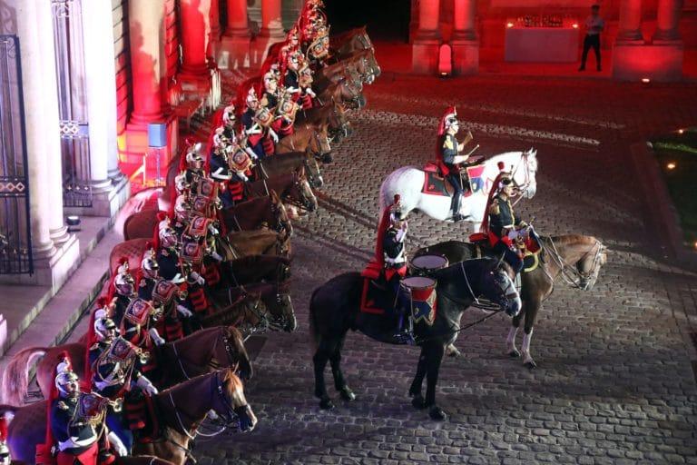 michel race garde republicaine mount vernon chevaux hotel de soubises particulier paris cours honneur diner agence wato evenementiel events