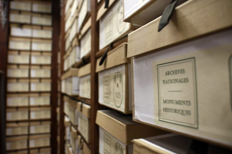 mont vernon privatisation grands depots archives nationales de france paris seminaire usa agence wato evenementiel event we are the oracle
