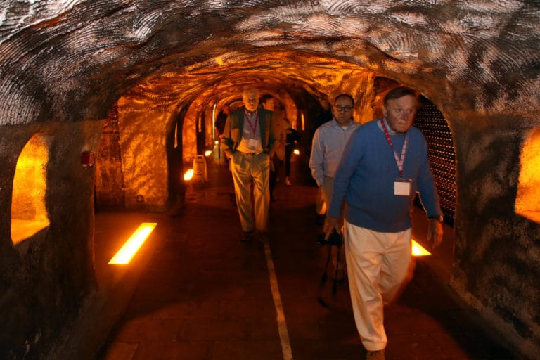 visite privee caves moet & chandon prestige insolite champagne ardennes france mount vernon association agence wato we are the oracle evenementiel event