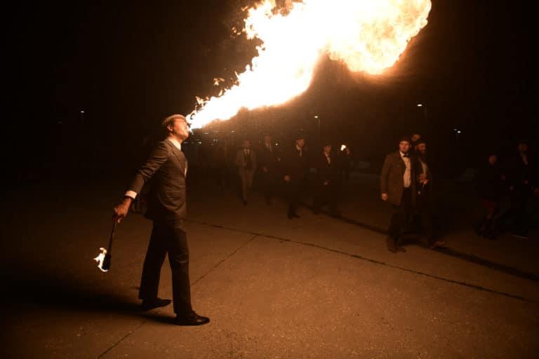 andrey das cracheur de feu soiree ecozone habitat evenementiel theme peaky blinders agence wato