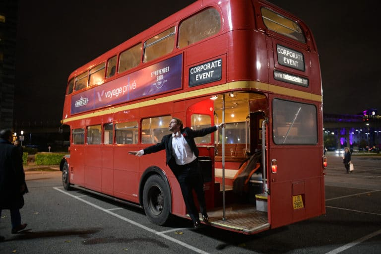 foulques jubert bus double deck  imperial anglais agence wato evenementiel vp members club soiree theme downton abbey two temple place londres bus anglais