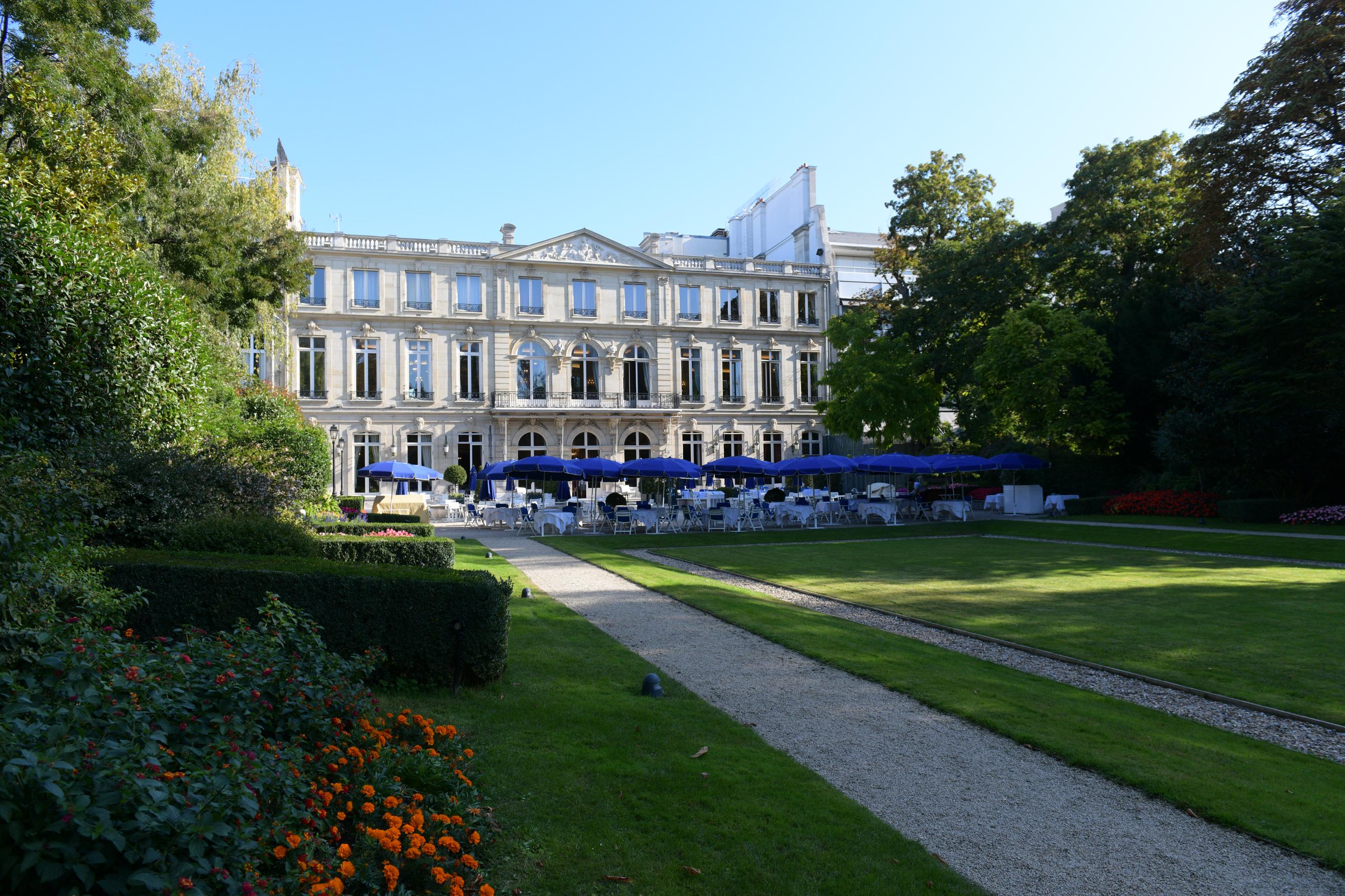 Mount Vernon: Conférence et déjeuner chic dans un club ultra privé parisien