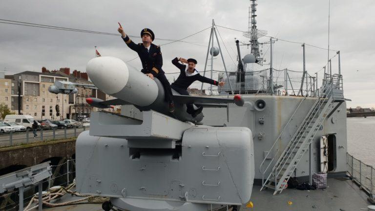 foulques jubert missile costumes marins immersion navire de guerre marine nationale t47 mailé-brézé meutre marin bateau diner d exception leboncoin agence wato evenementiel events