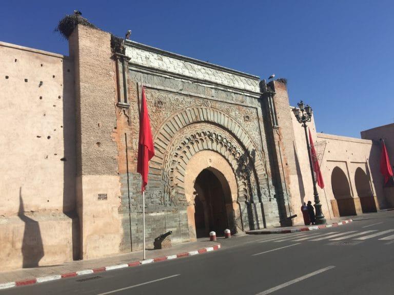 Bab agnaou porte geante medina de marrakech maroc
