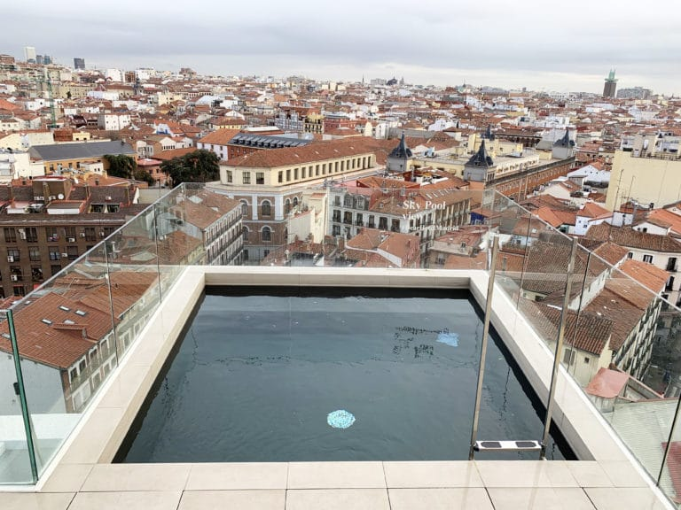Dear-Hotel-madrid-swimming-pool-rooftop-view-roofs