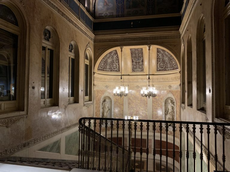 Escaliers du Palacio Gaviria musee Madrid Espagne