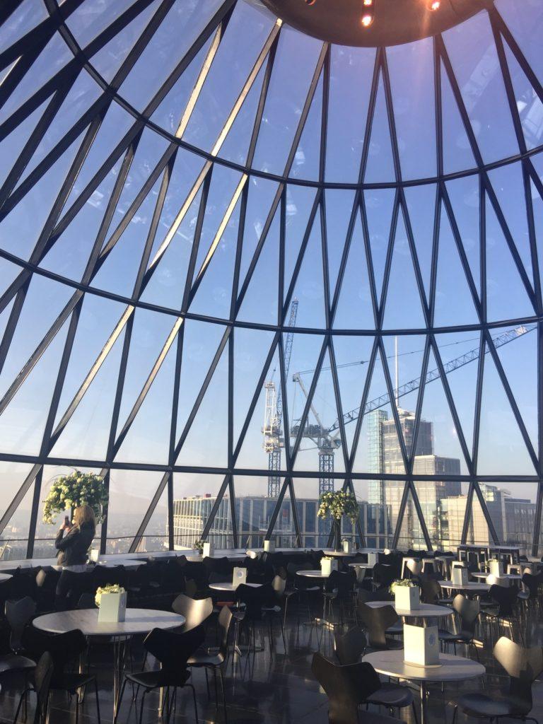 Gherkin rooftop london view the city inside le cornichon de londres
