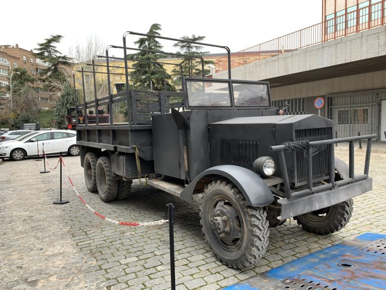Henschel 33 D1 vintage truck Madrid Epocauto Spain