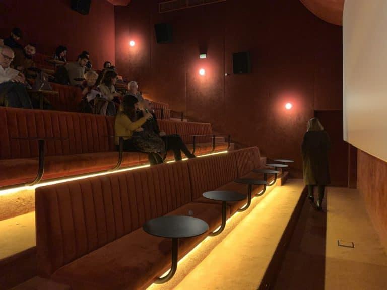 Sala equis salle de cinema luxueuse madrid Espagne