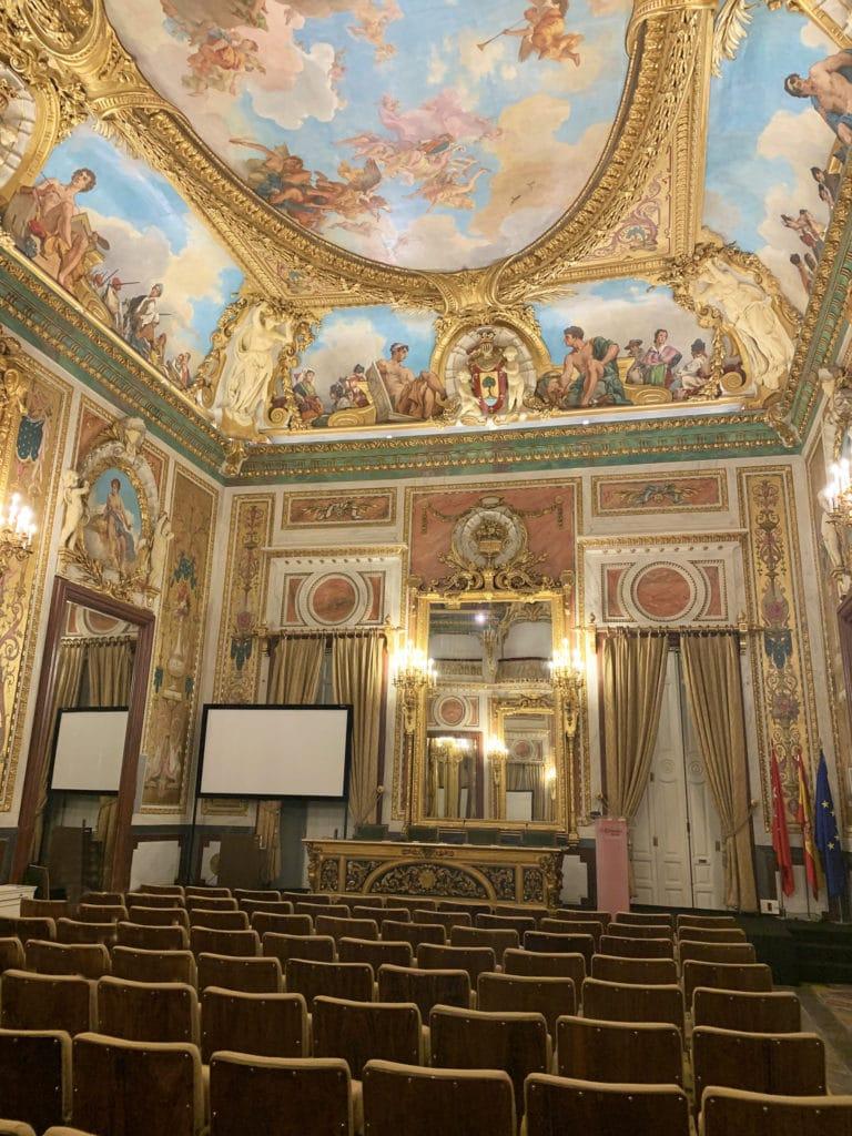 Salon-de-actos-palacio-santona-Madrid-lieu-evenementiel