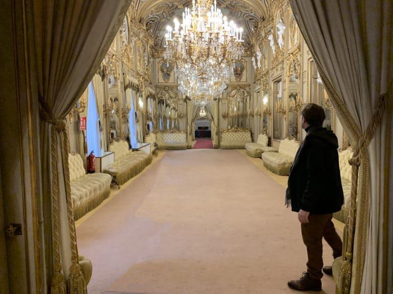 Salon-del-Baile-Palacio-Fernan-Nunez-Madrid-lieu-evenementiel-elegant-Madrid-Espagne
